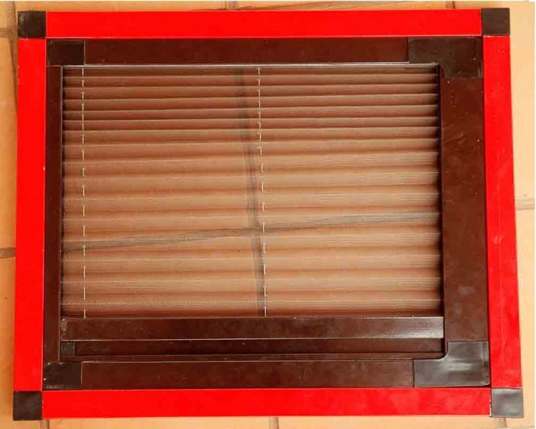 Mosquito Pleated Window